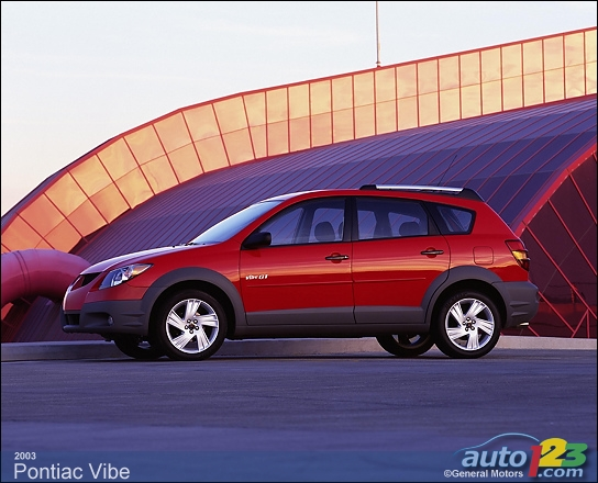 2010 Pontiac Vibe Photos | Auto123