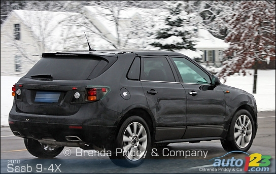 Caught : 2010 Saab 9-4X in the snow!