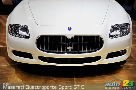 Maserati Quattroporte Sport GT S on stage in Detroit
