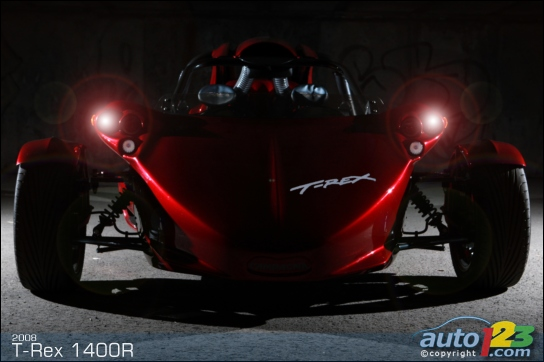 Quebec Allows Car Permit Holders to Drive the Campagna T-REX and V13R Three-Wheelers