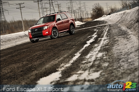2009-ford-escape-001.jpg