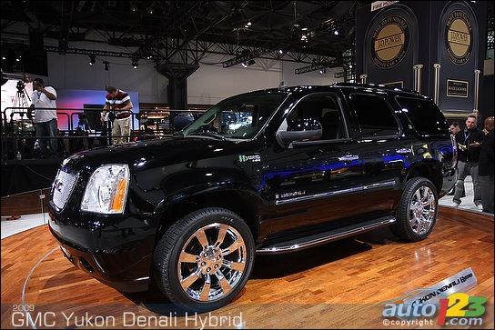 2010 GMC Terrain and 2010 Yukon Denali Hybrid shown in New York