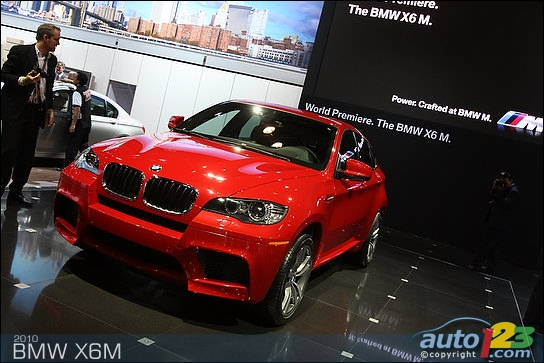 BMW adds 'M' badge to X5, X6