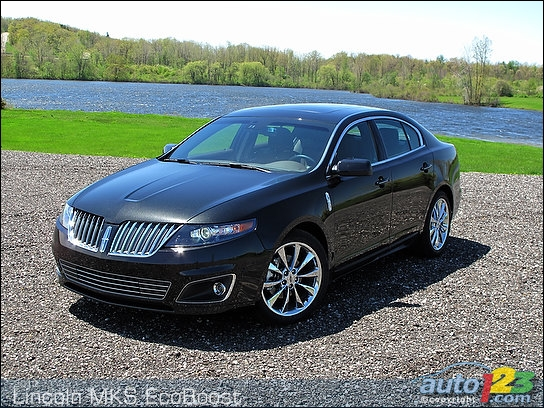 2010 lincoln mks awd ecoboost first impressions circuit ford lincoln. Black Bedroom Furniture Sets. Home Design Ideas