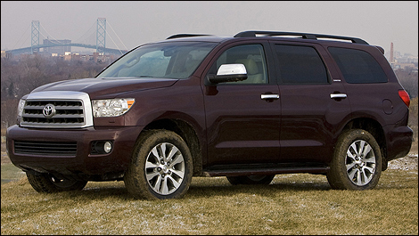 new 4 6l engine for the 2010 toyota sequoia car news. Black Bedroom Furniture Sets. Home Design Ideas