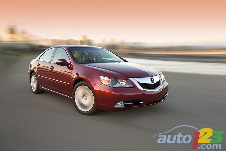 2010 Acura RL Delivers Luxury and Performance