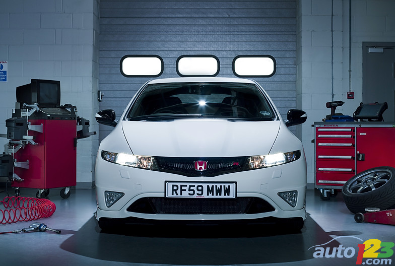 Honda (19 photos). Honda UK announces limited edition Civic type R Mugen 200