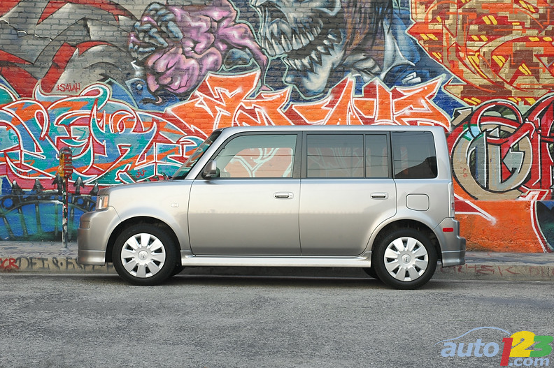 2004-2006 Scion xB Pre-Owned