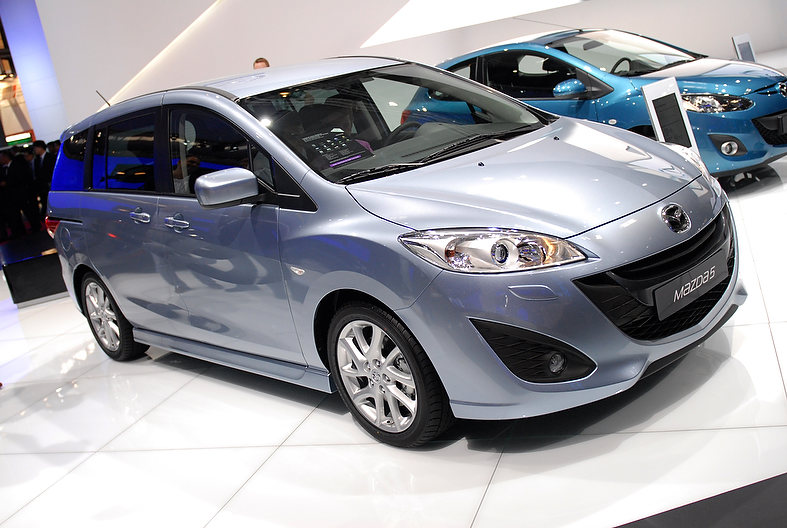 2010 Paris Motor Show: Mazda doles out facelifts for all!
