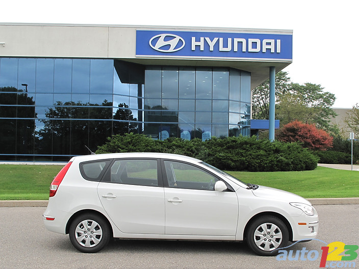 2010 Hyundai Elantra Touring GLS Review