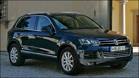 volkswagen touareg hybride 2011 premi res impressions. Black Bedroom Furniture Sets. Home Design Ideas