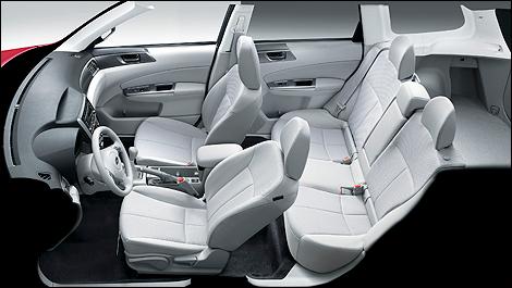 Subaru forester 2011 premi res impressions l vis for Subaru interieur