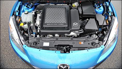top 10 engine bays   auto123.com