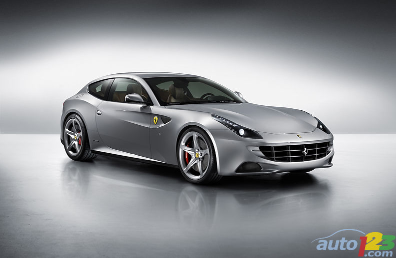 Gift of the day: The New Ferrari FF playing in the snow!