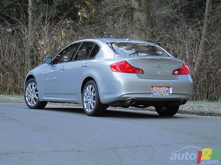2011 infiniti g37x sport awd review spinelli infiniti. Black Bedroom Furniture Sets. Home Design Ideas