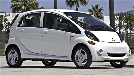 Mitsubishi Chooses Hawaii For The North American Launch Of The 2012 I Miev Car News Auto123