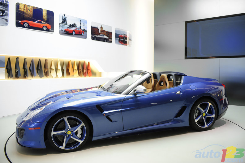 Ferrari celebrates one client's loyalty with the Superamerica 45