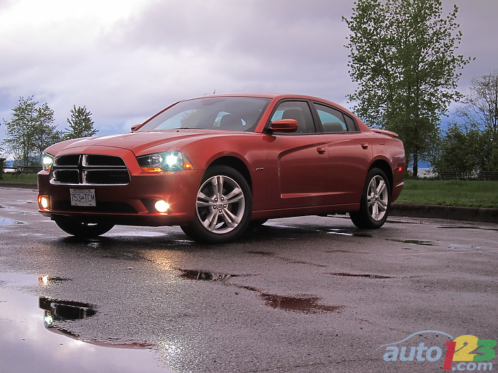 2011 Dodge Charger R/T AWD Review