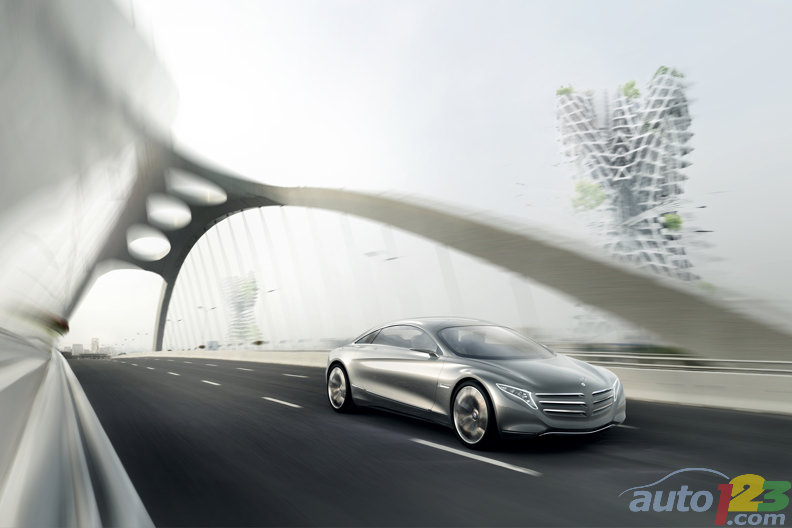 Frankfurt 2011: Mercedes-Benz catapults us into 2025 with the F125! concept