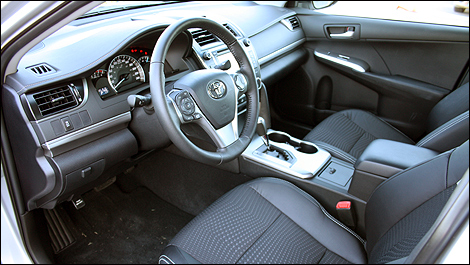 Toyota camry 2012 premi res impressions for A l interieur 2007