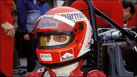 Auto Racing Helmet on Top 10 Iconic F1 Helmet Designs   Car News   Page 6   Auto123