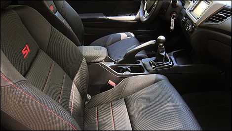 2012 Honda Civic Coupe Si interior