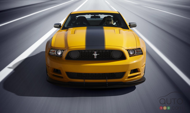 2013 Ford Mustang Boss 302: fresh look & 444 hp