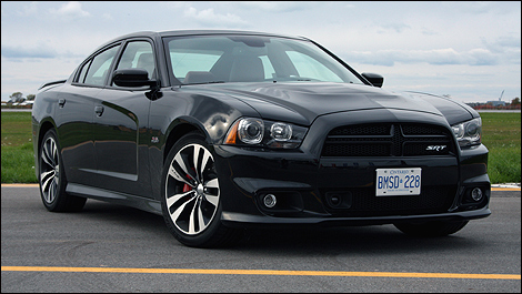 2012 dodge charger srt8 first impressions car news auto123. Black Bedroom Furniture Sets. Home Design Ideas