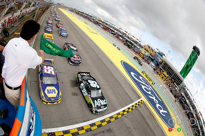 NASCAR: Album photos de la victoire de Tony Stewart � Homestead-Miami (+photos)