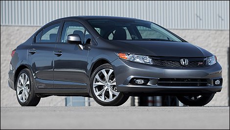 2012 Honda Civic Si sedan vue 3/4 avant