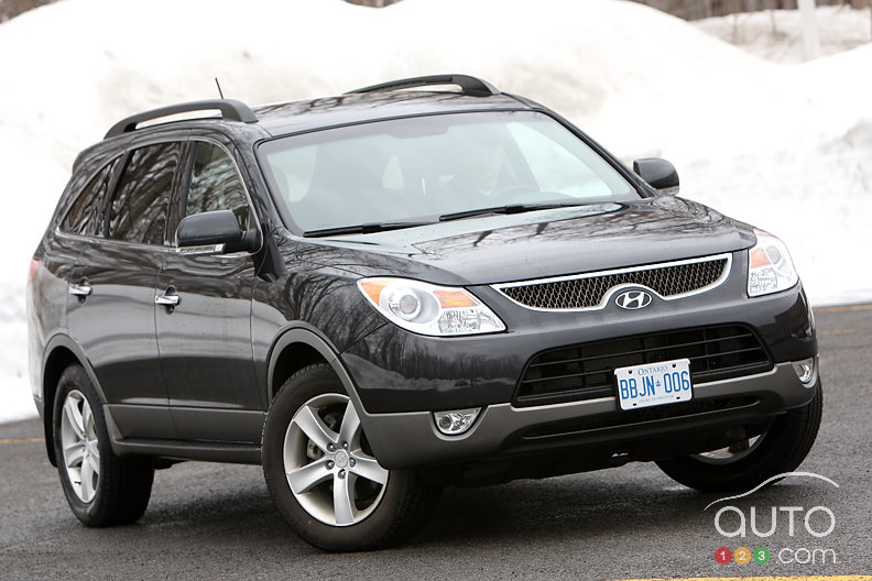 2013 Hyundai Veracruz http://www.auto123.com/en/multimedia/photos/gallery/car-and-trucks-expected-to-pass-in-2012-2013?bid=139203&binding=3