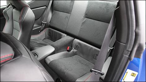 Subaru-BRZ-2013_i02