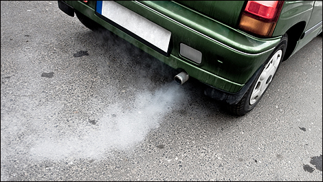 how to get smoke smell out of a rental car