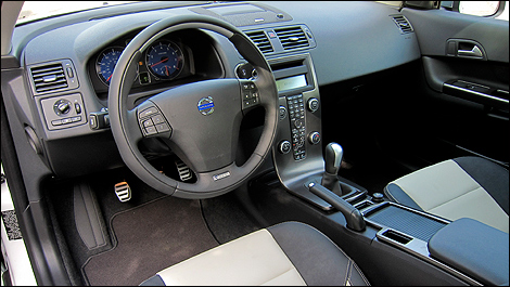 2012 Volvo C30 T5 R-Design interior