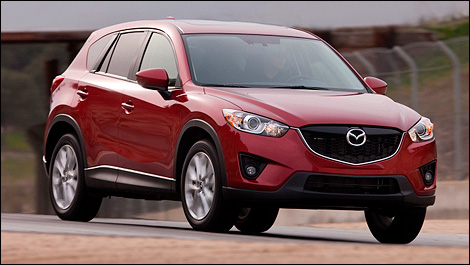 2013 Mazda CX-5 front 3/4 view