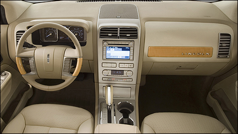2008 Lincoln MKX dashboard