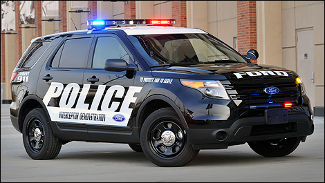 2013 Ford Police Interceptor Utility front 3/4 view