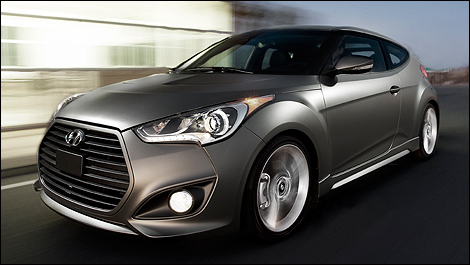 2013 Hyundai Veloster Turbo front 3/4 view