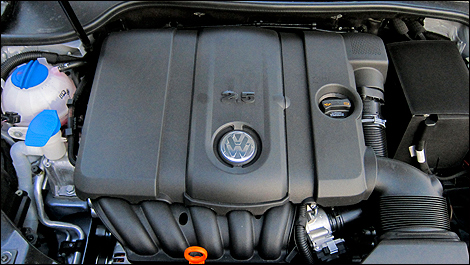 2012 Volkswagen Golf 2.5L Sportline 5-Door engine