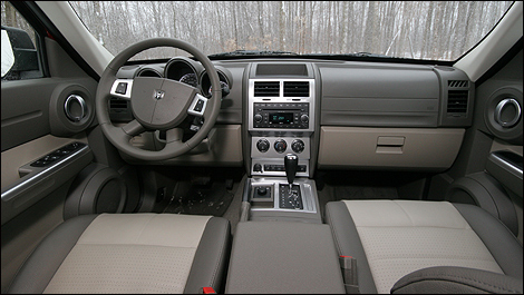 2007 Dodge Nitro dashboard