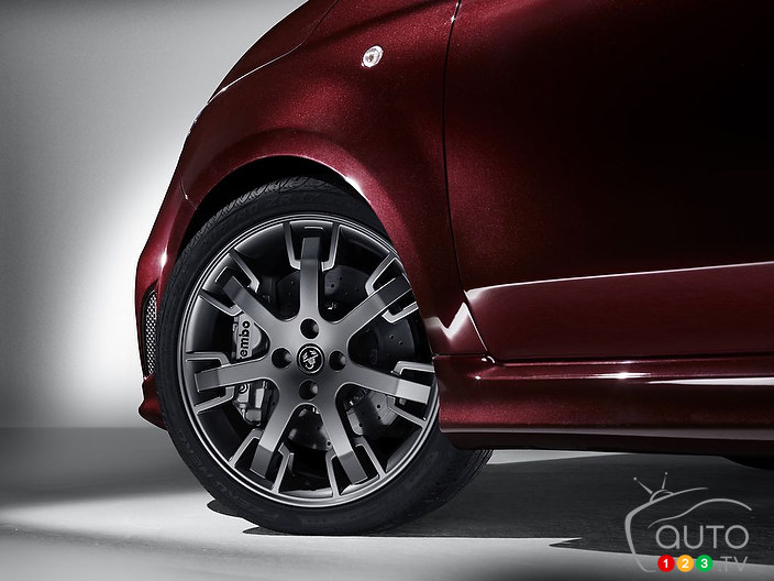 Fiat Abarth 695 Edizione Maserati: a colourful tribute
