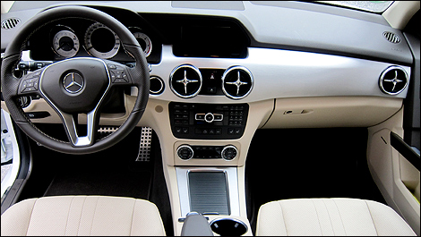 2013 Mercedes-Benz GLK 250 BlueTEC dashboard