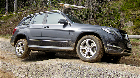 2013 Mercedes-Benz GLK 250 BlueTEC right side view