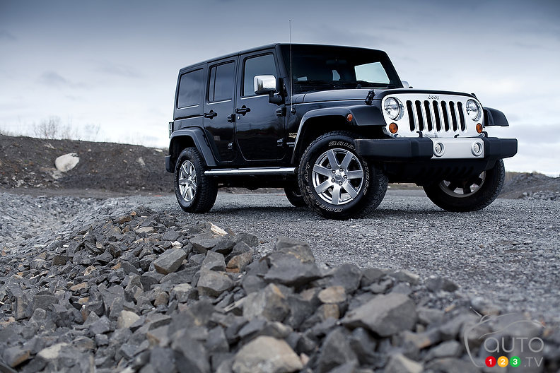 2012 Jeep Wrangler Unlimited Sahara Review (video)