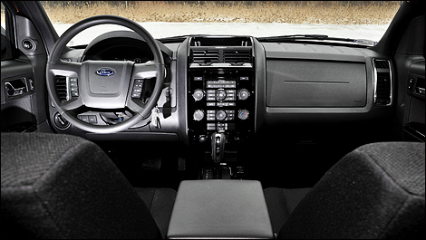 2009 Ford Escape dashboard