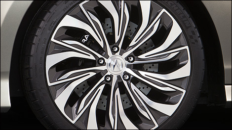 2014 Acura RLX wheels