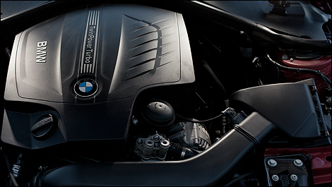 2012 BMW 335i Sport Sedan engine