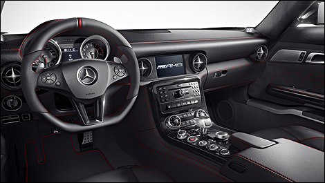 2013 Mercedes-Benz SLS AMG GT dashboard
