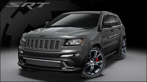 2013 Jeep Grand Cherokee SRT8 3/4 front view