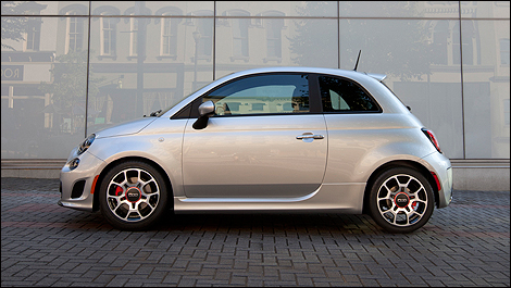 Fiat 500 Turbo 2013 vue c�t�